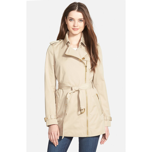 MICHAEL MICHAEL KORS zip front short trench coat - Gleaming goldtone hardware, including an asymmetrical front...