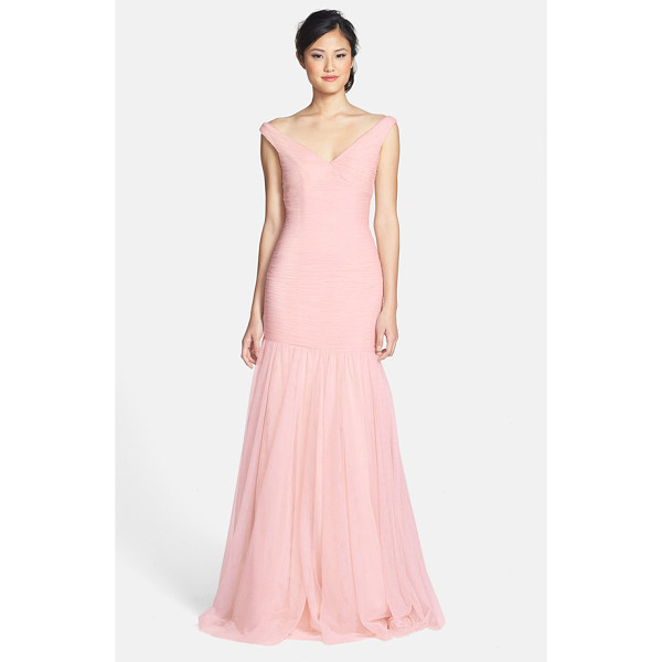 MONIQUE LHUILLIER BRIDESMAIDS v-neck shirred tulle trumpet dress - Finely shirred tulle sculpts the drop-waist bodice of a...