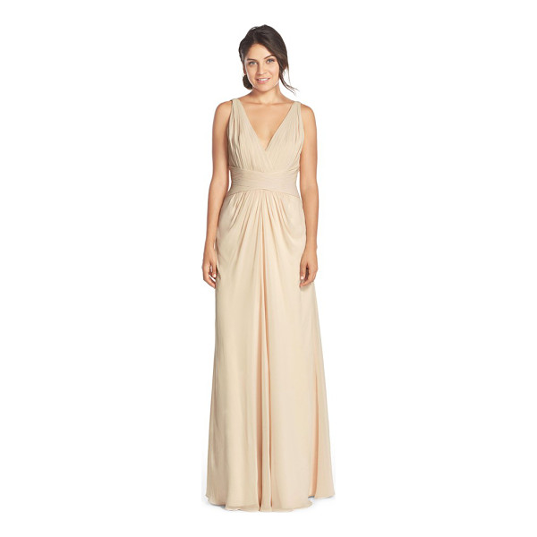 MONIQUE LHUILLIER BRIDESMAIDS v-neck pleat chiffon gown - Dreamy soft chiffon is expertly pleated and shaped into a...