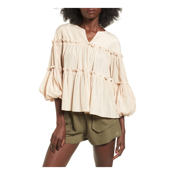 MOON RIVER ruffled balloon sleeve babydoll top - Perfectly suited for warm days spent lounging in the park,...