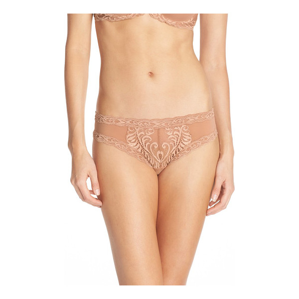 NATORI feathers hipster briefs - An intricately embroidered feather pattern romances...