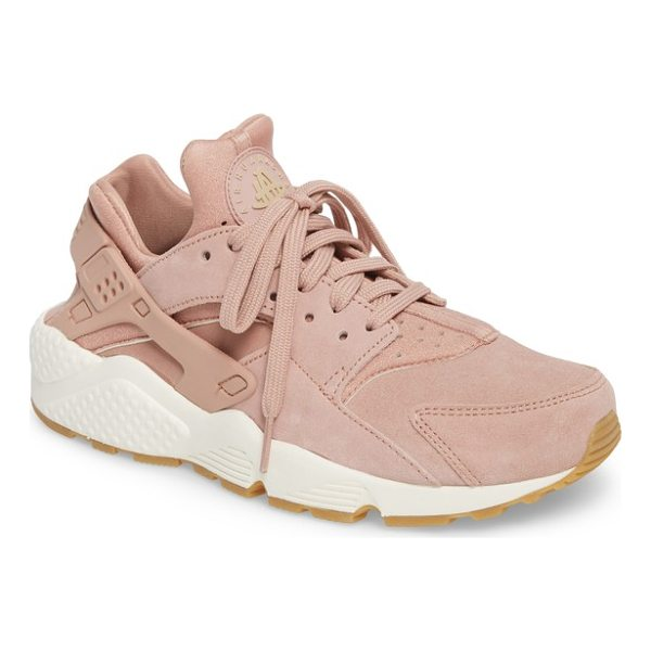 NIKE air huarache run sd sneaker - Throw it back to the '90s in this techy, ultra-lightweight...