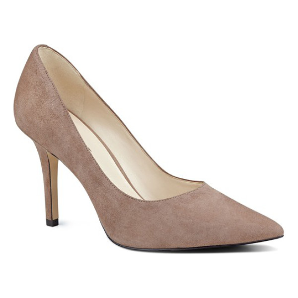 NINE WEST 'jackpot' pointy toe pump - Elevate your work or evening style with a go-to pump