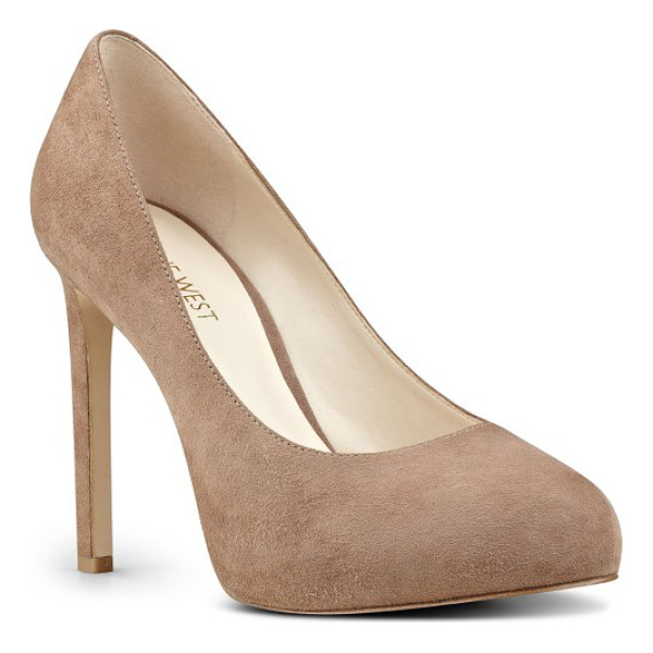 NINE WEST tyler concealed platform pump - An essential pump comes outfitted with a rounded toe, a