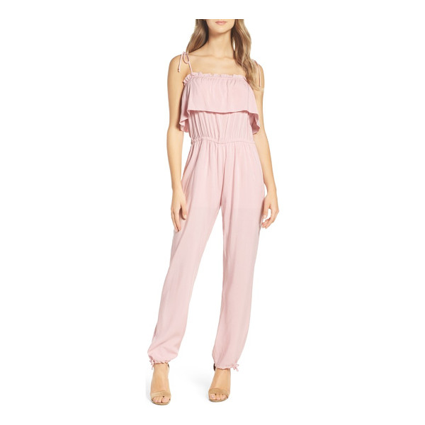 NSR ruffle jumpsuit - A simple and summery jumpsuit flatters with a ruffled...
