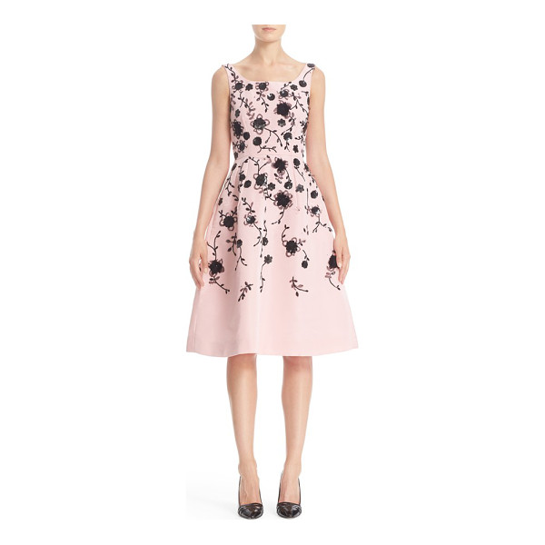 OSCAR DE LA RENTA floral embroidered silk cocktail dress - The expert craftsmanship and feminine elegance of the Oscar...