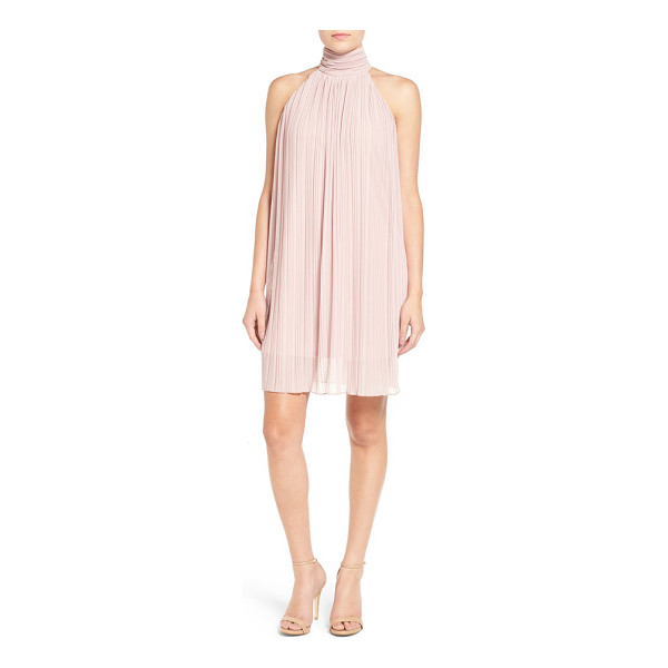 PAINTED THREADS pleated shift dress - This sleeveless shift with day-to-night versatility is...