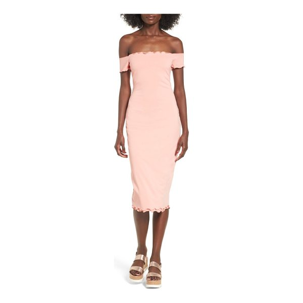 PRIVACY PLEASE caperton off-the-shoulder midi dress - Let your shoulders soak up the glow of dusk as your saunter...