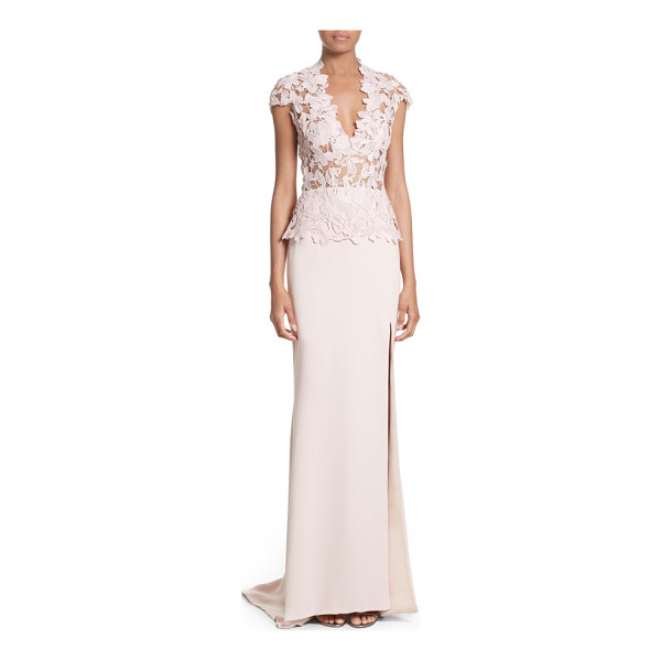 REEM ACRA guipure lace & stretch silk sheath gown - A cap-sleeve bodice of sheer-illusion lace brings timeless...