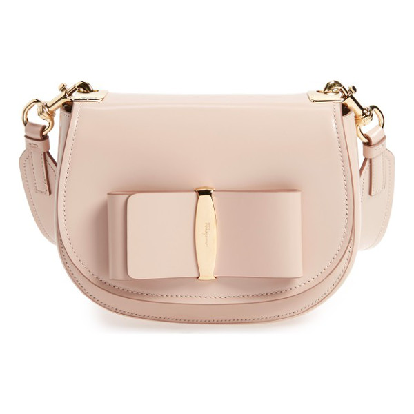 SALVATORE FERRAGAMO anna vara leather crossbody bag - Polished logo hardware anchors a signature bow on a