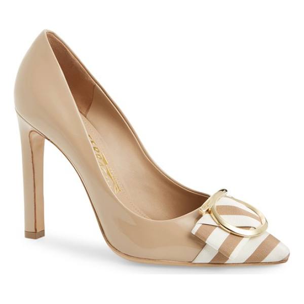 SALVATORE FERRAGAMO eliza pointy toe pump - Striped grosgrain ribbon and graceful logo hardware...