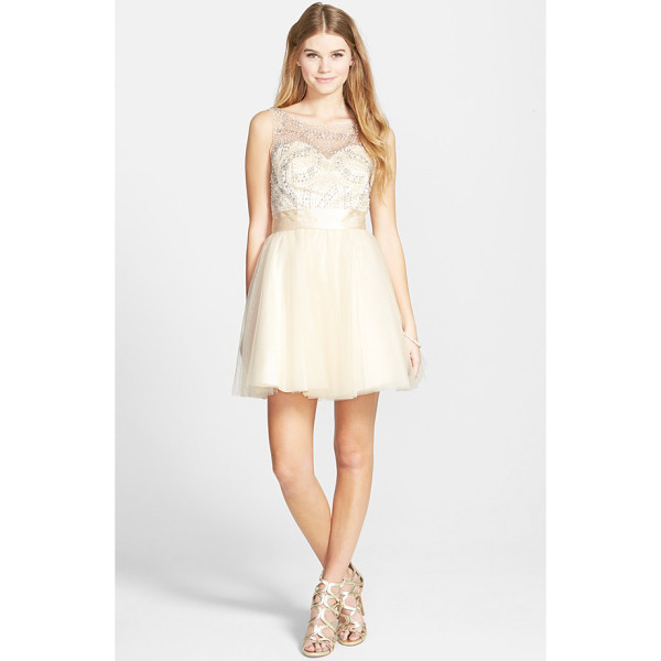 SEAN COLLECTION beaded bodice fit & flare dress - Precise, beautiful beading decorates the elaborate mesh...