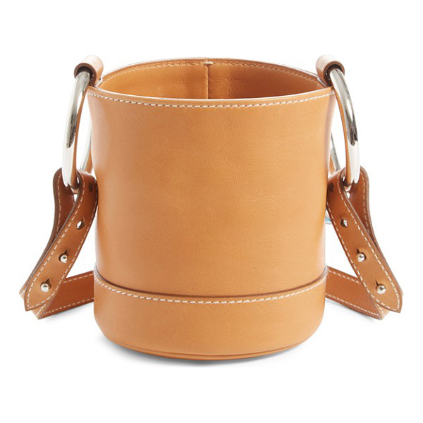 SIMON MILLER 'bonsai' crossbody bucket bag - Immaculate topstitching outlines a must-have bucket bag