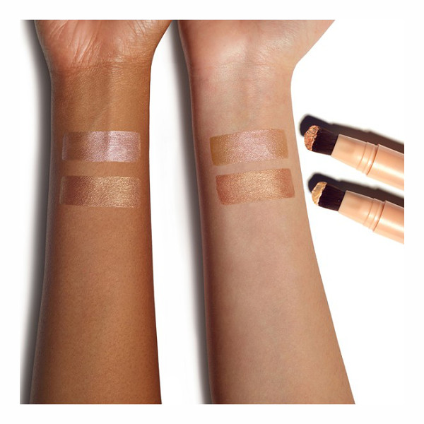 SMASHBOX halo highlighting wand - This easy-to-use liquid illuminator by Smashbox is ideal...