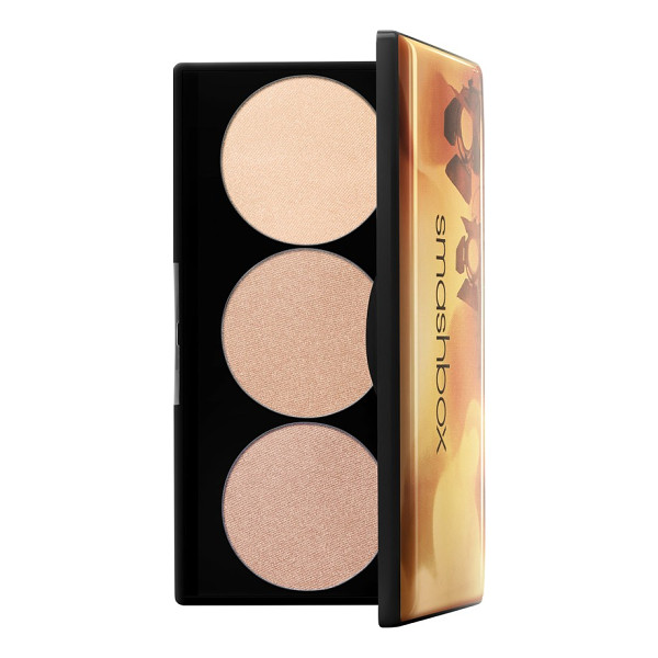 SMASHBOX spotlight palette - What it is: An easy-to-use highlighting palette that puts...