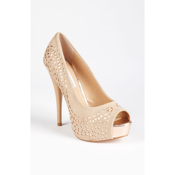 SOLE SOCIETY kaitlyn pump - A patent-wrapped heel balances the sultry matte finish of a...