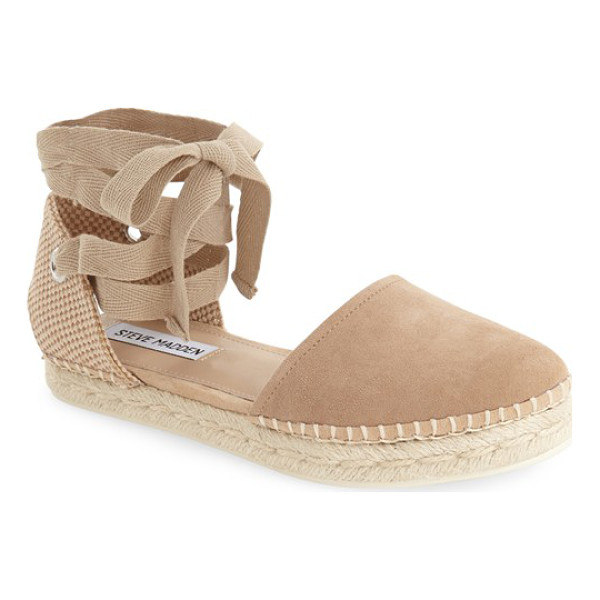 STEVE MADDEN remmyy espadrille flat - This classic espadrille features a closed round toe and a...