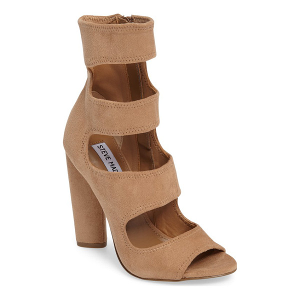 STEVE MADDEN tawnie cage sandal - Deeply carved cutouts tracing the elongated vamp underscore