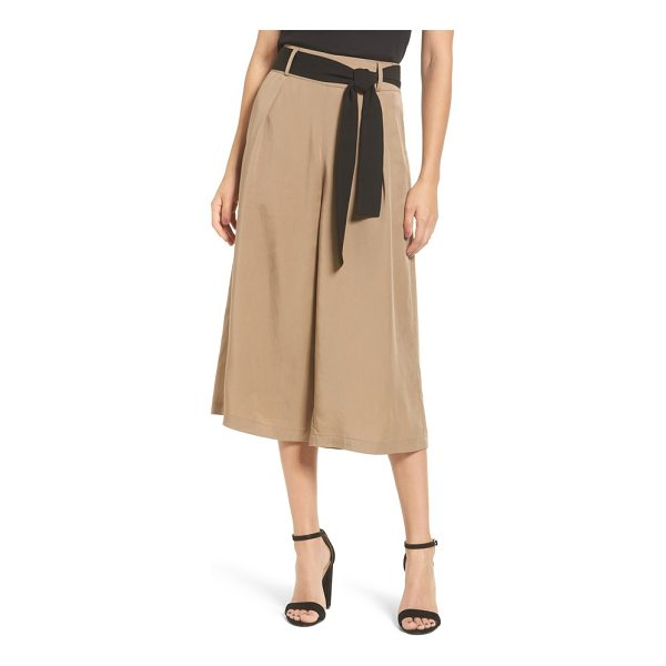 STOREE tie front culottes - Clean, classic styling defines these wide-leg culottes...