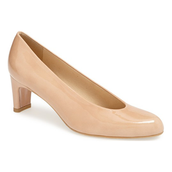STUART WEITZMAN chicpump pump - Soft suede leather highlights the vintage silhouette of a...