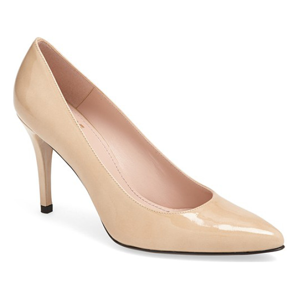 STUART WEITZMAN power pump - Polish your prance with a spectacular point-toe pump cast...