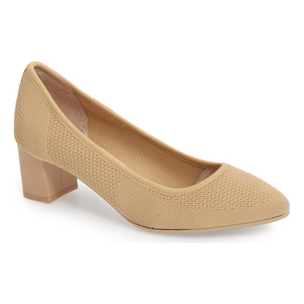 SUDINI barclay stretch woven pump - Stretchy, breathable knits have made the transition from