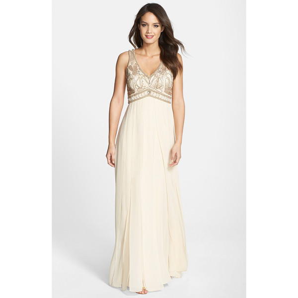 SUE WONG embroidered bodice chiffon gown - Gorgeous beaded embroidery enriches the sleeveless V-neck...