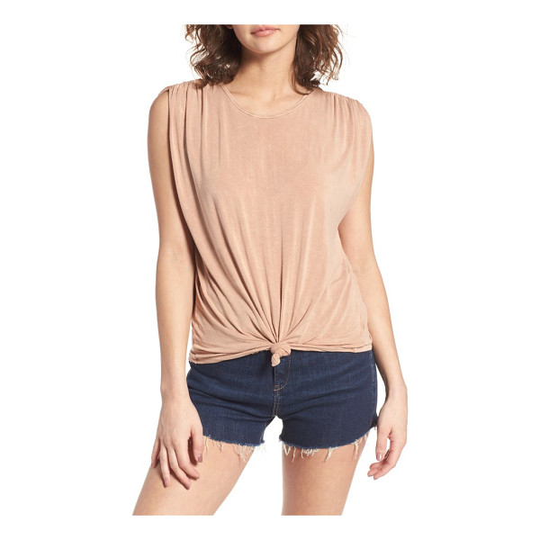 SUN & SHADOW cinched sleeve tee - Cinched sleeves and a knotted hem add casual charm to this...
