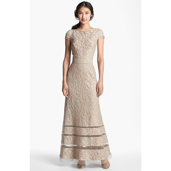 TADASHI SHOJI cap sleeve lace gown - Sheer insets encircling the high neckline, cap sleeves and...