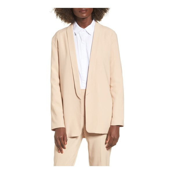 THE FIFTH LABEL unspoken blazer - The smooth lines of this creamy blazer cleanly styled with...