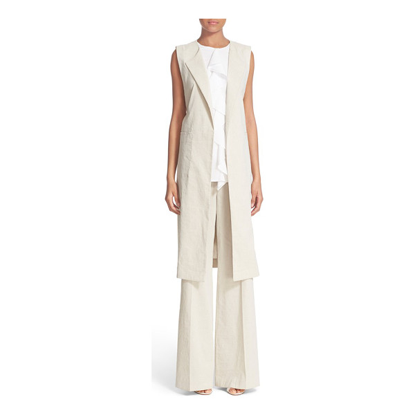 THEORY skea crunch sleeveless linen blend blazer - Draping lapels and generous patch pockets adorn the front...