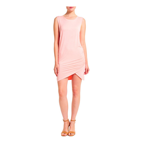THIEVES LIKE US overlap minidress - Get ready for rising temperatures with an incredibly soft...