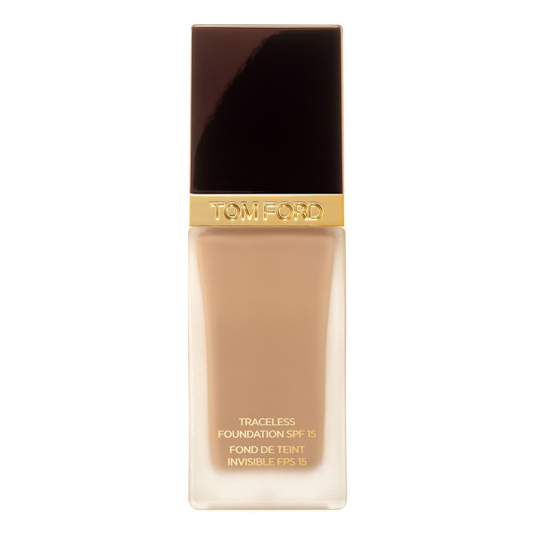 TOM FORD traceless foundation spf 15 - What it is: An extremely lightweight and luminous liquid...