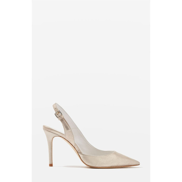TOPSHOP bride bailey pointy toe pumps - It's the details that make these pointy-toe pumps so...