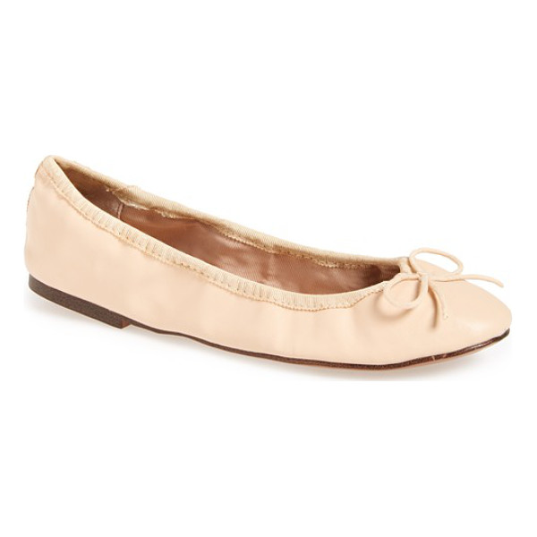 TOPSHOP venti ballet flat - An elasticized topline perfects the fit of a carefree,...