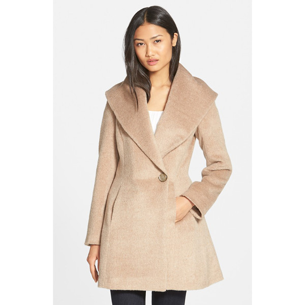 TRINA TURK bonnie shawl collar skirted coat - An infusion of plush alpaca lends sumptuous softness to a...