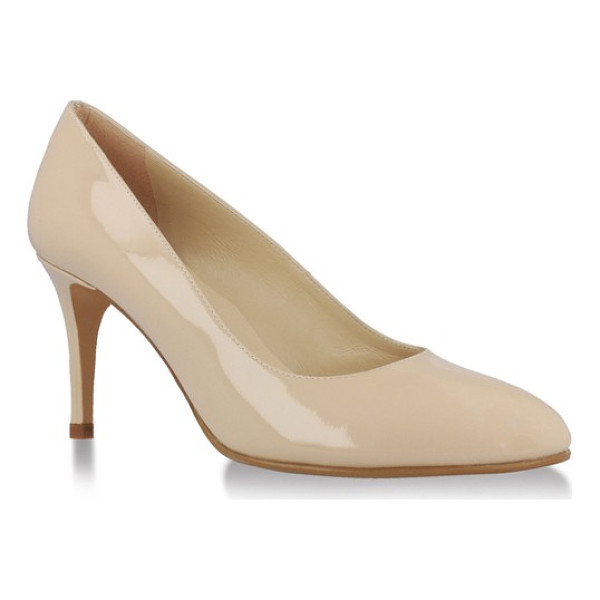 UKIES mariah pump - A sleek almond toe adds extra poise to a closet-staple pump