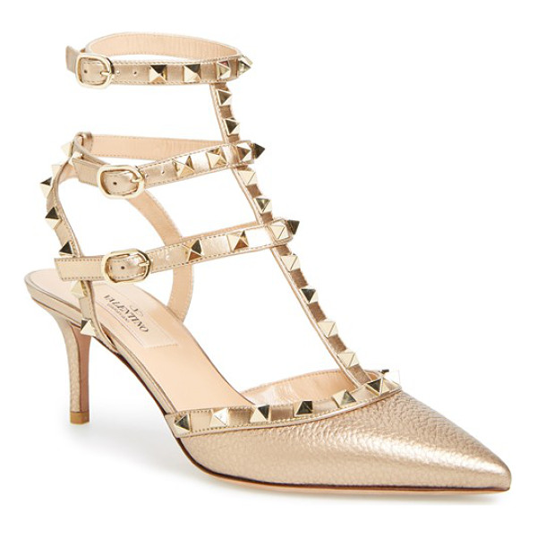 VALENTINO rockstud pump - Large-grain leather in a shimmering metallic hue highlights...
