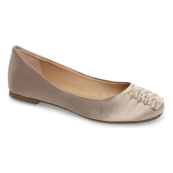 VERY VOLATILE devs corset flat - Velvety laces cinch up the rounded toe of a pretty ballet...