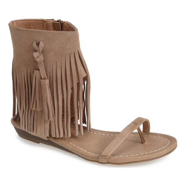 VERY VOLATILE lex fringe sandal - Swingy fringe wraps the ankle cuff of an earthy thong...