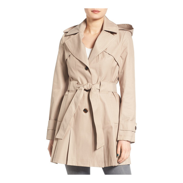 VIA SPIGA petite   'scarpa' hooded single breasted trench coat - Pleats at the front and back hem add swingy style to a...