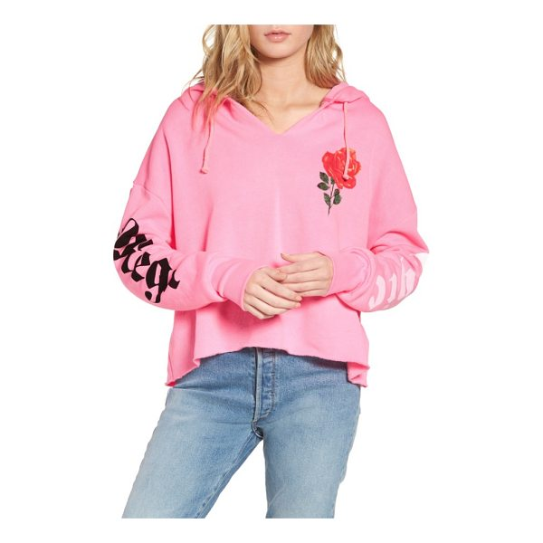 WILDFOX mega chic freddy hoodie - Slouchy and oversized, this soft fleece hoodie makes a...
