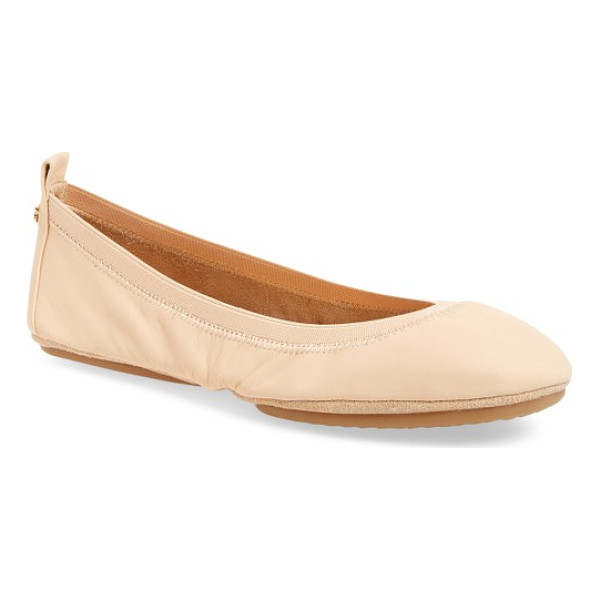 YOSI SAMRA samara foldable ballet flat - An elastic topline perfects the fit of a glossy patent...