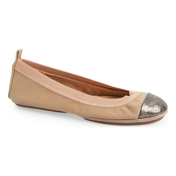YOSI SAMRA samantha foldable ballet flat - An elastic topline perfects the fit of a smooth leather...