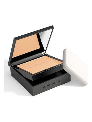 BURBERRY BEAUTY Cashmere Foundation Compact