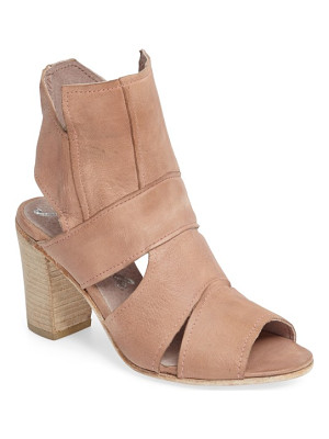 FREE PEOPLE Effie Block Heel Sandal