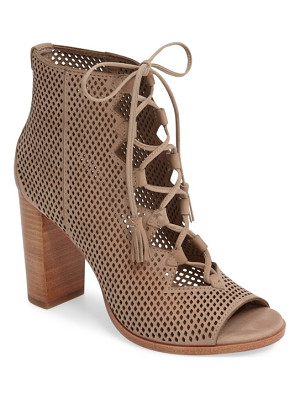 FRYE Gabby Perforated Ghillie Lace Sandal