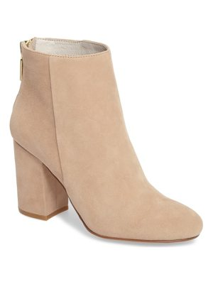 KENNETH COLE NEW YORK Caylee Bootie