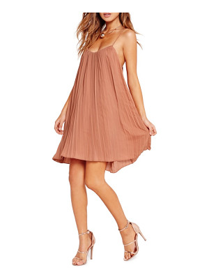 MISSGUIDED Pleated Swing Dress
