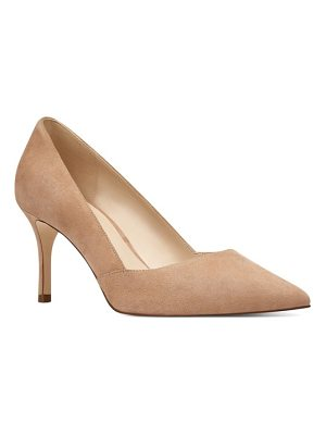 Nine West mine pointy toe pump